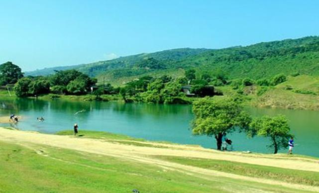 সুনামগঞ্জের নীলাদ্রি, যেন একখন্ড কাশ্মীর